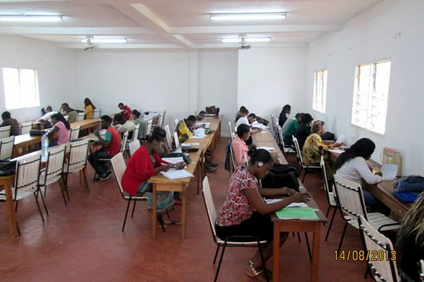 Mision1_parroquia_foto2_Africa