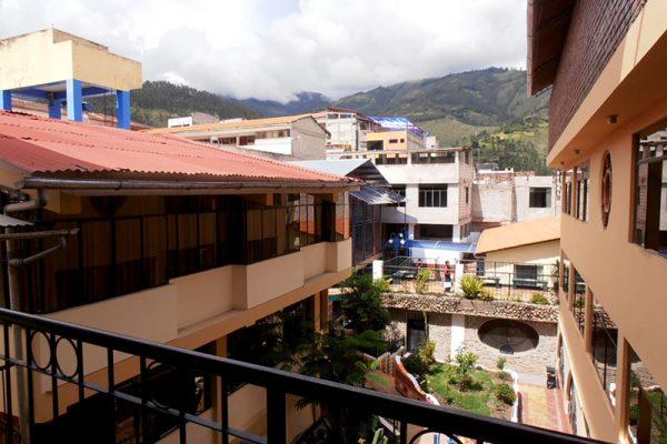 Panorama del entorno de Abancay, visto desde el Hogar